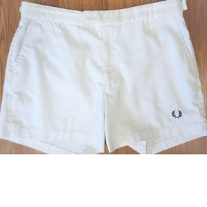 VTG FRED PERRY SHORTS POLY/COTTON BLEND WHITE